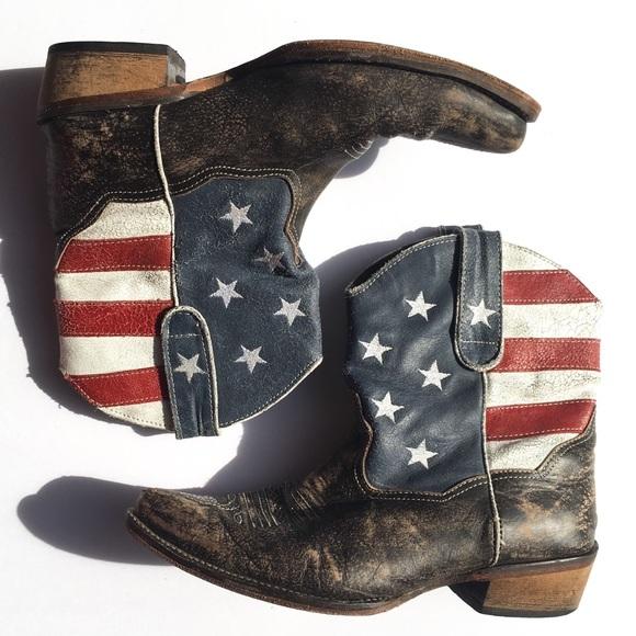 4e7c30db133 Roper American Beauty Flag Ankle Cowboy Boots